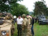 Dle jeho vyjádření mají kluci lepší výstroj než Britské jednotky.